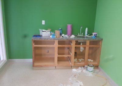 Kitchen Cabinet Installed